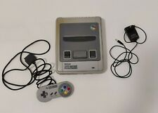 SNES - Super Nintendo Entertainment PAL Spielekonsole mit Original Controller