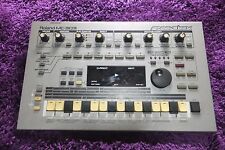 ROLAND Roland MC-303 Groovebox Drum Machine Synth  mc303  160811