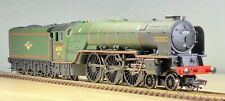 Bachmann 00 gauge 4-6-2 class A1 'KESTREL' 60130 BR lined green 32-555
