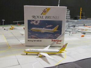 """Vintage HERPA WINGS 'ROYAL BRUNEI"""" Boeing 767-300; 1:500;"""