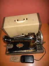 Antique SINGER SEWING MACHINE model 66, RED EYE, G0483291 & Attachments, 1923