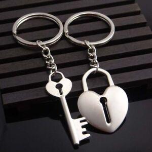 Ein Paar Schlüsselanhänger Freund Freundin Jahrestag Schlüssel zum Herzen love