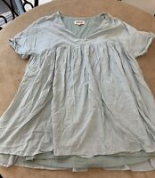 Listicle Women's Size M PLUS Top Tunic Natural Light Green Color Layered