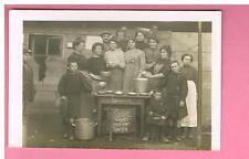 CPA - CARTE PHOTO -  LYON - 69 - GERLAND - CUISINE-  SOUPES POPULAIRES LYON 1914