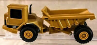 Vintage ERTL CAT Caterpillar D25D Articulated DUMP TRUCK Diecast 0457GX NEW
