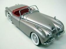 Danbury Mint 1949 Jaguar XK120 Classic Car 1:24 Scale Die Cast Model Collectible