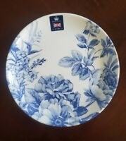 NEW (4) ROYAL WESSEX WHITE BLUE FLORAL FLOWERS SALAD PLATES SPRING HOME DECOR