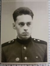 PHOTO portrait Military Man Soldier Good Looking Guy Soviet Army Pin Badge WW2