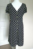 Oasis Dress   Size 26   Polka dot Black white   BNWT Tea style button down