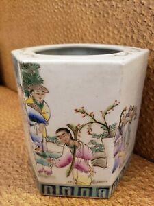 """Chinese Famille Rose Porcelain  Hexagon Vase 8"""""""