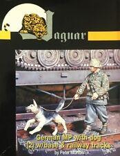Jaguar - 1/35 German MP with Dog (1 Figure, Dog and Base) - JAG63113