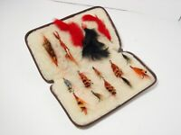 Vintage Wool Lined Leather Fly Fishing Wallet & Assorted Flies