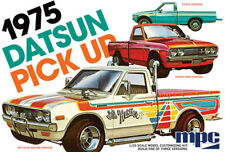 MPC - 1975 Datsun Pickup 1:25 car plastic model kit [MPC872] - GALAXY RC