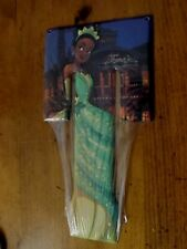DISNEY PRINCESS TIANA LETTER T METAL SIGN