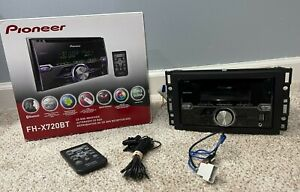 LOT - Pioneer (FH-X720BT) CD/USB/MP3 Car Stereo Receiver Bluetooth w/ Mount