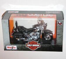 Maisto - Harley Davidson 2002 FLSTC HERITAGE SOFTAIL CLASSIC - Model Scale 1:18