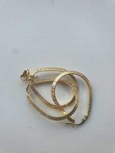 NEW 18CARAT 2.4 GRAMS YELLOW  GOLD EARRING& PENDANT.MADE IN ITALY, HALLMARK
