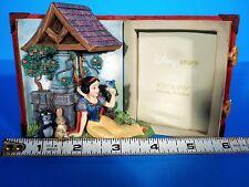 Walt Disney RARE Snow White Figurine Story Book 3-D Picture Frame Vintage