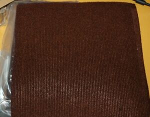 20 Tiles 10 EACH Self Adhesive Carpet Floor Tiles Anti-Slide Peel and Stick Mats