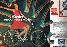 PUBLICITE  1982   CYCLES MOTOBECANE   bicyclette col de cygne  (2 pages)