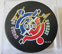 Wayne Gretzky Signed 1996 World Cup Puck - Global Authentics