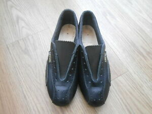 VINTAGE CARNAC CYCLE SHOES  ADULTS SIZE 7.5  8