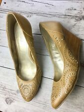 """Kenneth Cole Reaction Tan Laser Cut Metallic Wedges Shoes """"Keep Track"""" Women 9.5"""