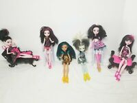 Monster High Dolls & Accessories Lot of 6 Very Good Condition