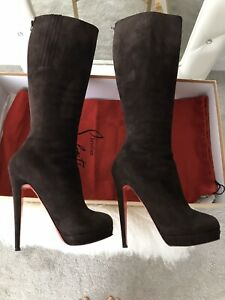 Authentic Christian Louboutin Boots. -50% OFF. Size 38/5. Excellent Condition