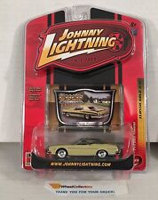 '74 Ford Torino * Yellow/Green * Johnny Lightning Classic Gold * A9