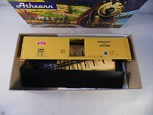 Athearn Kit Green Bay And Western 50' Sliding Door Box Car GBW 3045 HO Scale