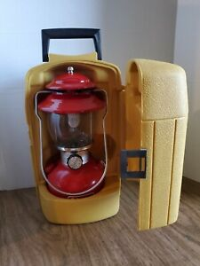 Coleman 200A Lantern - Red Single Mantle with Yellow Clamshell Case vtg 1979