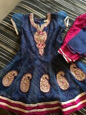 shalwar kameez Girls Navy Blue With Pink And Gold Size 24 Age 4-5