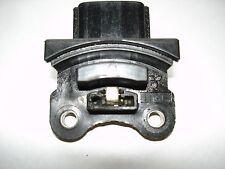 91-95 SUZUKI SIDEKICK GEO TRACKER 1.6L OEM IGNITION MODULE J811 ( 3 Prong Plug )