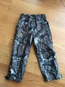 Boys Youth Size S Robinson outdoor Scent Blocker Pants Hunting Fishing