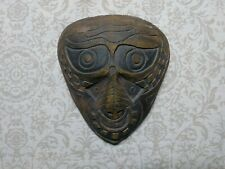 ceramic mask sculpture outsider art Brut contemporary signed folk naive sci-fi