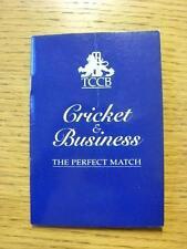 Circa década de 1990 Grillo: 1st clase de cricket de entretenimiento y hospitalidad, pequeña Pocke