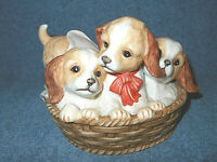 1990 HOMCO MASTERPIECE PORCELAIN FIGURINE PUPS IN A BASKET - DOGS PUPPIES - NICE