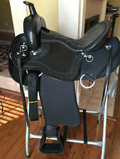 "18"" TN Saddlery Improved Light Weight Western Saddle Black Synthetic Gaited"