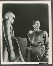 Michael Rennie & Gort Day The Earth Stood Still 1951 Vintage Sci Fi Photo J3322