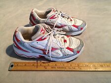 MIZUNO WOMEN'S VS1 RUNNING ATHLETIC SNEAKERS SHOES US 7.5 WHITE/RED