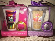 2 Simple Pleasures Ultra Plush Socks & Foot Cream Lotion Set Gift Pack