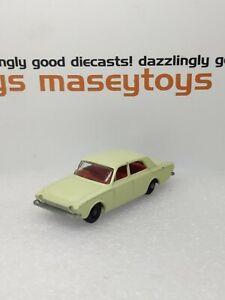 MATCHBOX LESNEY No.45b Ford Corsair 1965 original vintage diecast