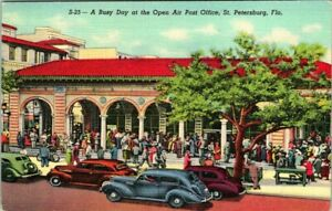 C53-4588, GREEN BENCHES, ST. PETERSBURG, FL., POSTCARD.