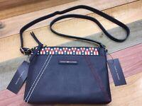 NWT Tommy Hilfiger Women Faux Leather Logo Zipper Crossbody Bag Pouch Purse Navy