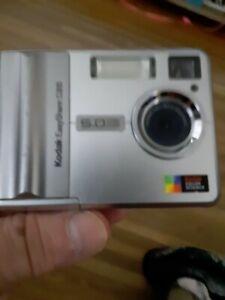 Kodak EasyShare C315 ~ 5.0MP 2x Zoom ~Digital Camera Photo ~ Silver ~