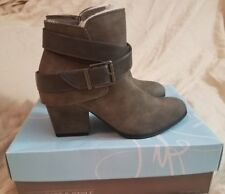WOMEN'S LIFE STRIDE ANKLE BOOTIE WENDY GREY SIZE 7.5 *BNWT*