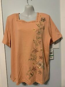 NWT Alfred Dunner Apricot Embellished Floral Top with Short Sleeve    Size Large