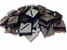 Bases Entièrement neuf dans sa boîte en plastique 25 mm Carré fendue x100 100 base 25SQ