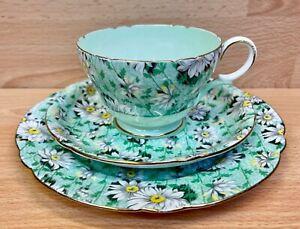 "Shelley Henley Shape ""Green Daisy Chintz"" Pattern 13205 Tea Cup Trio."